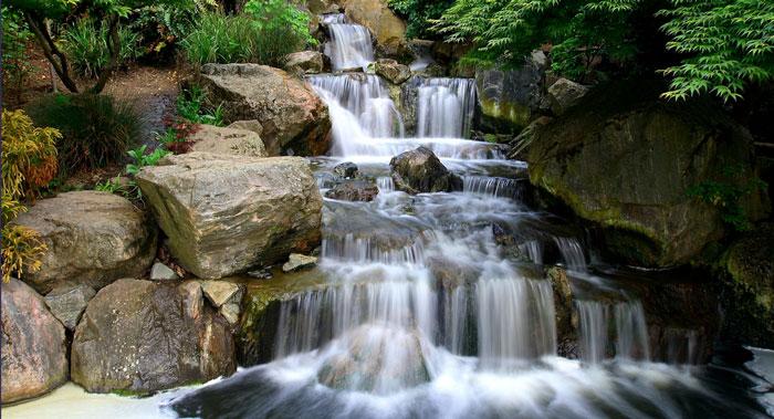wateroverrocks700